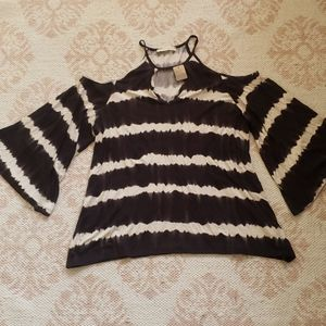 ENTRO LONG SLEEVE TOP LARGE BLACK AND WHITE